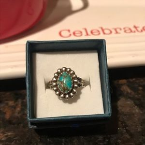 Jewelry - Native sterling turquoise ring